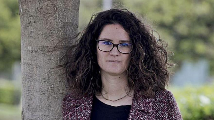 En contra   Caterina Canyelles: «La frase más oída es 'por cada dos víctimas, diez no lo son'»
