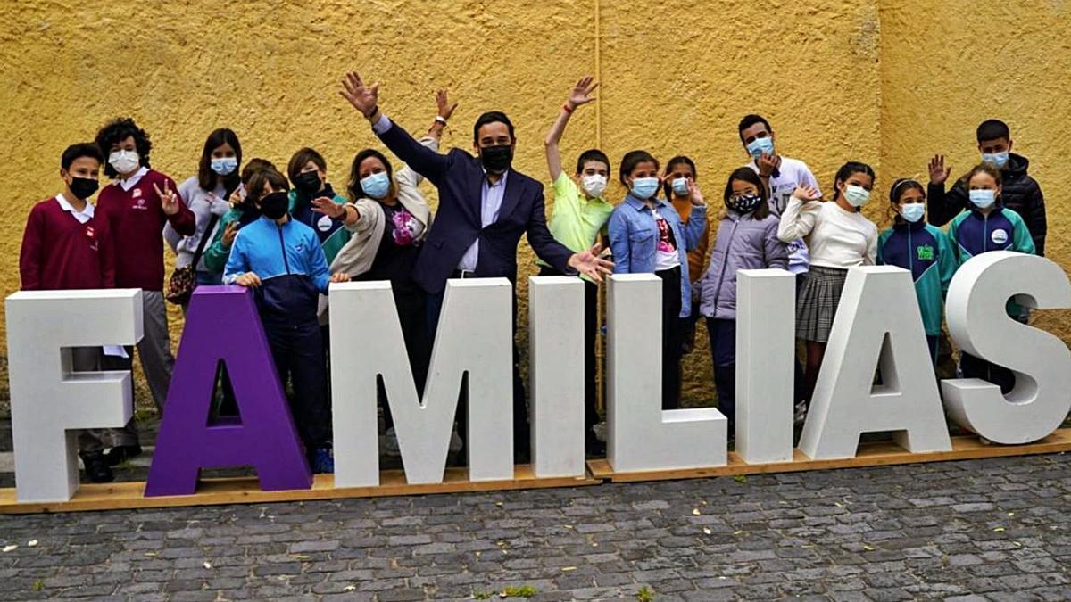 Momento de la presentación de las actividades con motivo del Día Internacional de las Familias.