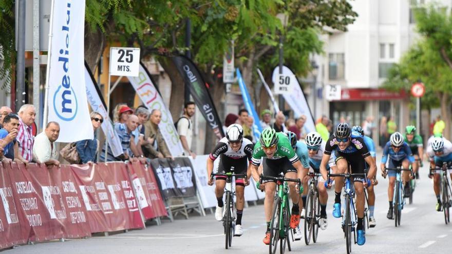 Dani Viejo gana al sprint la primera etapa de la Volta