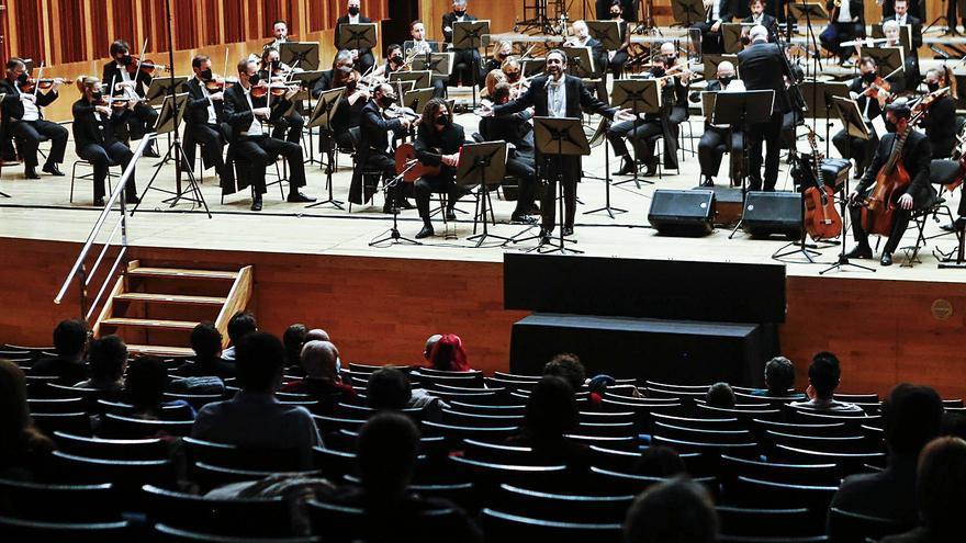 Música y teatro, refugios contra el covid en Asturias