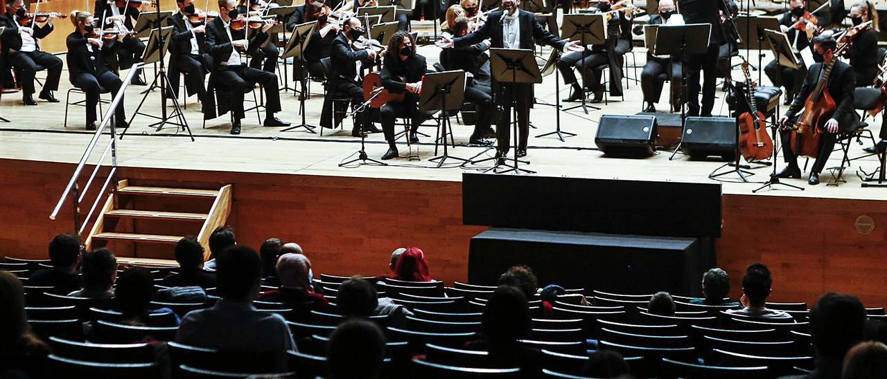 """La sala principal del Auditorio de Oviedo, durante el concierto """"From Bach to Radiohead""""    Julián Rus"""