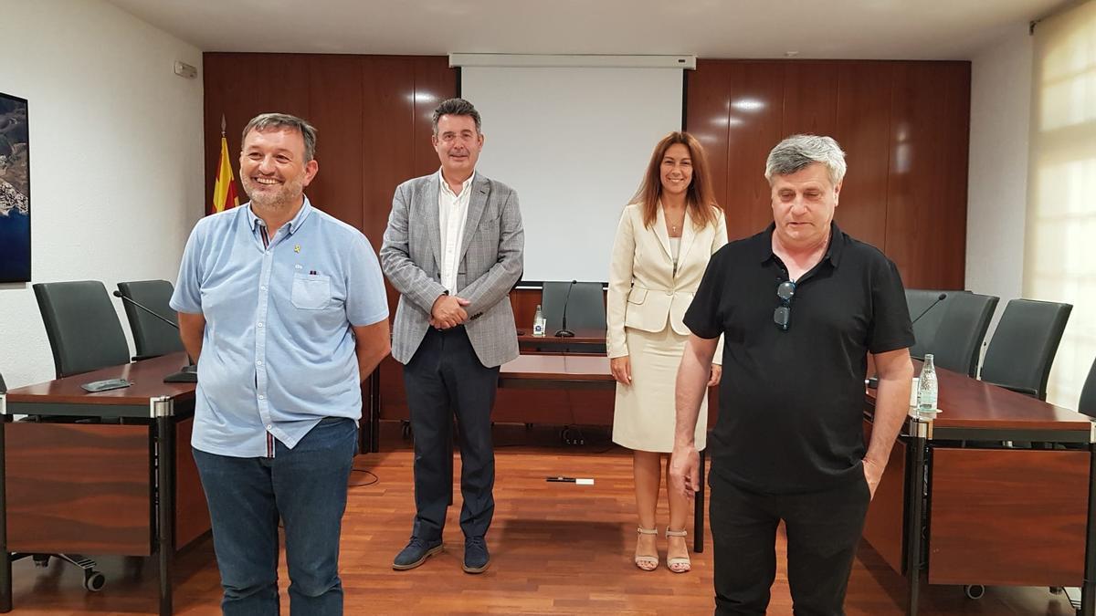 El president de la Diputació de Girona, Miquel Noguer, amb Núria Escarpanter, Josep Maria Cervera i Joan Maria Roig