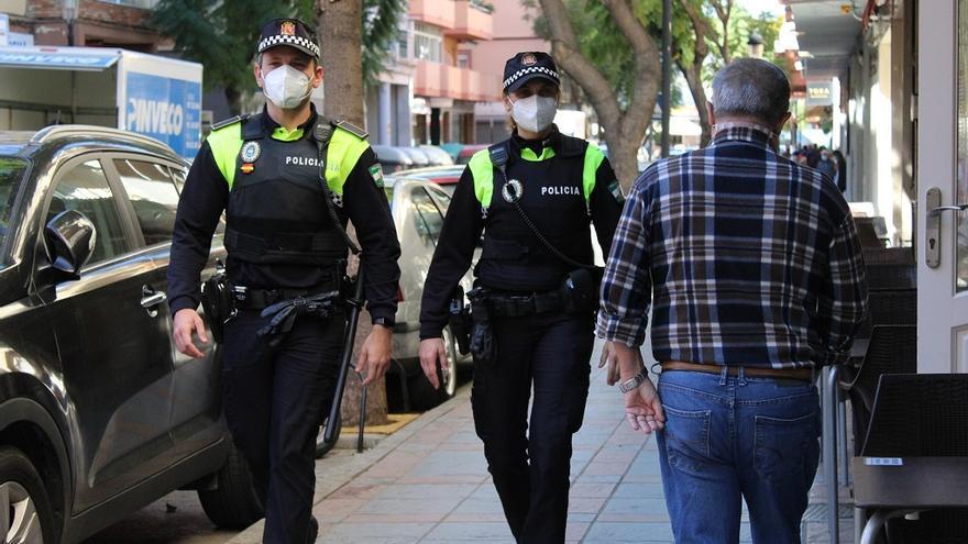 La Policía Local de Fuengirola interpone 273 denuncias por incumplir medidas antiCovid durante la Semana Santa