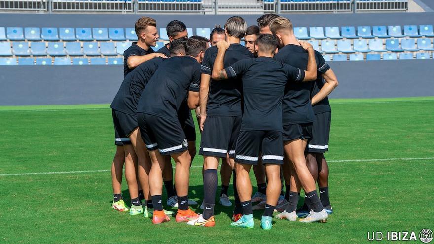 UD Ibiza-Real Oviedo: duelo de goleadores en Can Misses