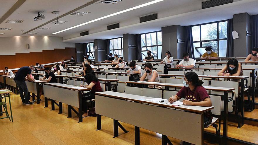 838 alumnos de la segunda vuelta de la EBAU podrían aspirar a unos 30 títulos
