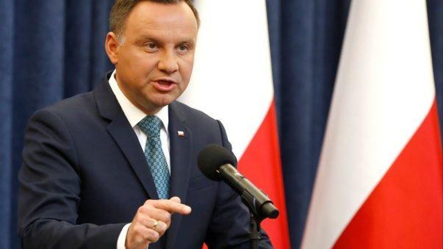 El president de Polònia es fa enrere  i veta la reforma del Tribunal Suprem
