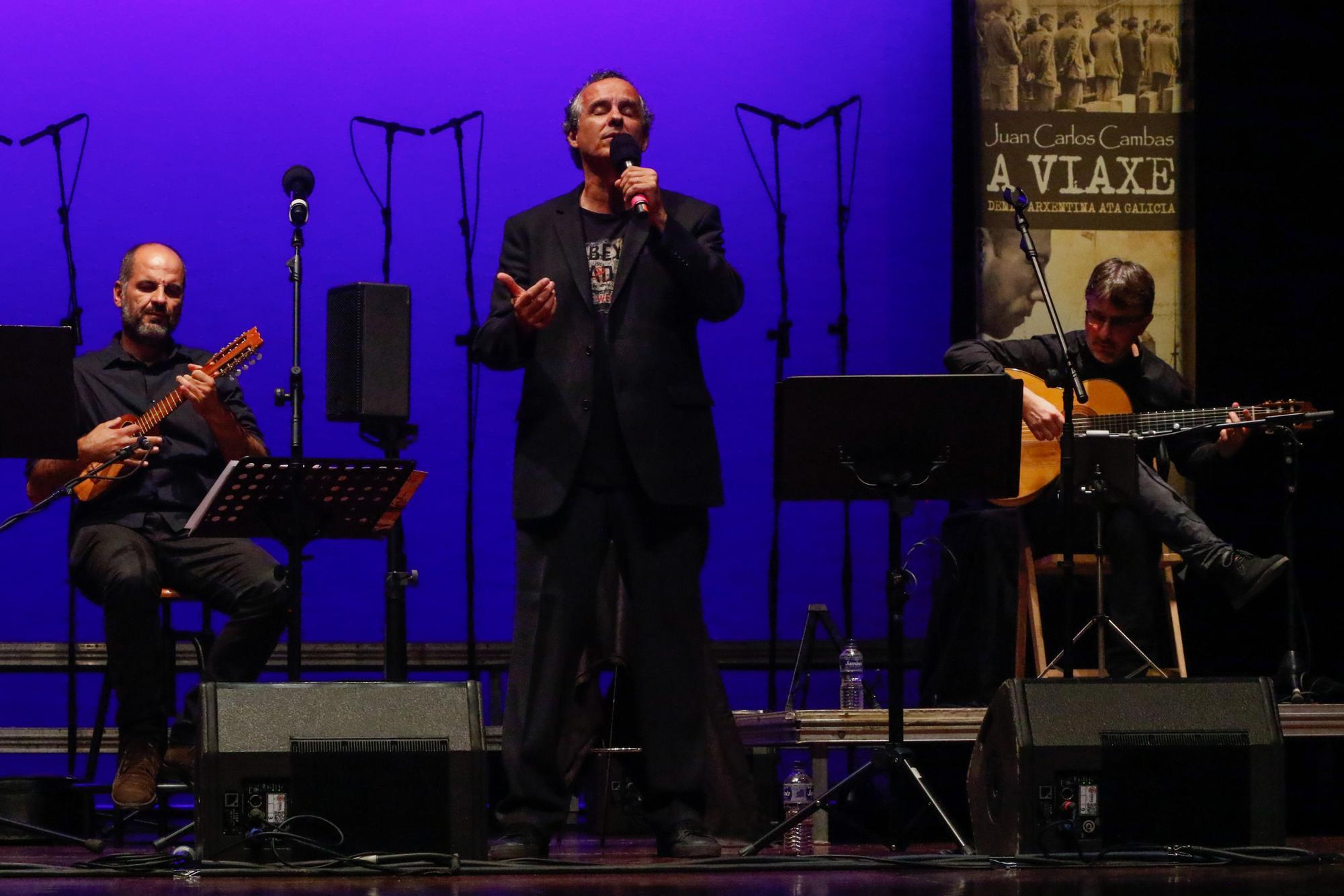 Vilagarcía aplaude el estreno del homenaje a la emigración de Juan Carlos Cambas