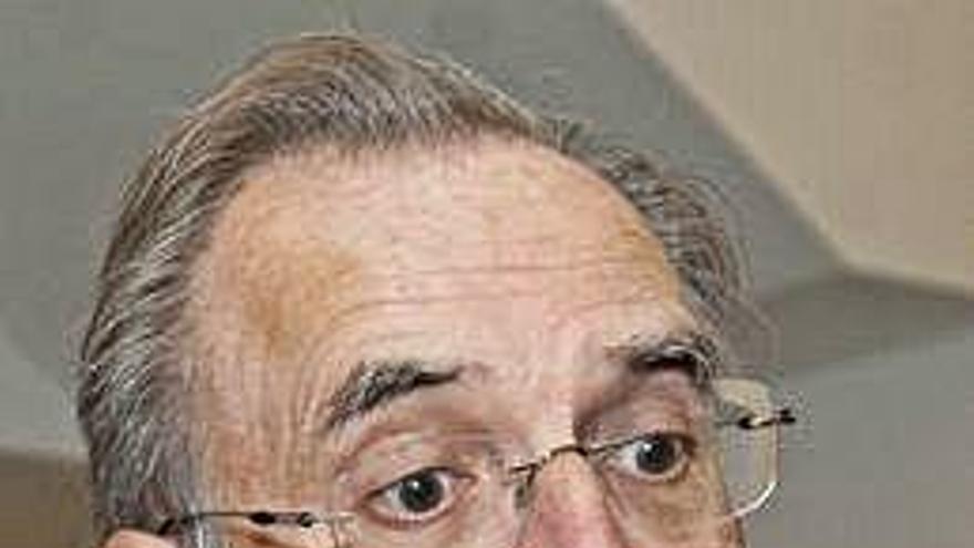Arias niega que hubiera maniobras para echar a Ron del Banco Popular