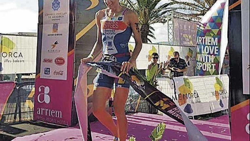Los representantes del Ferrer Hotels vencen en Menorca