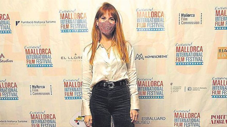 Ann Perelló presenta 'Control'