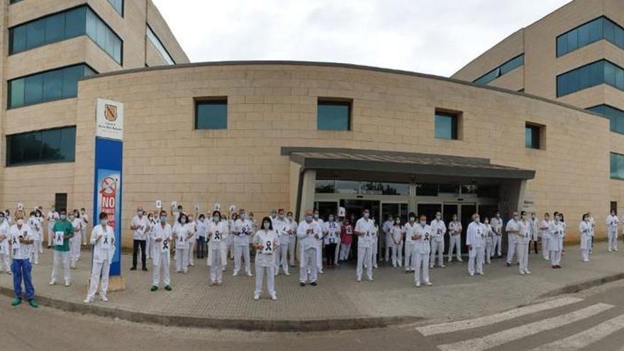 Un foco de coronavirus en un hospital de Mallorca contagia a 18 sanitarios y 7 pacientes