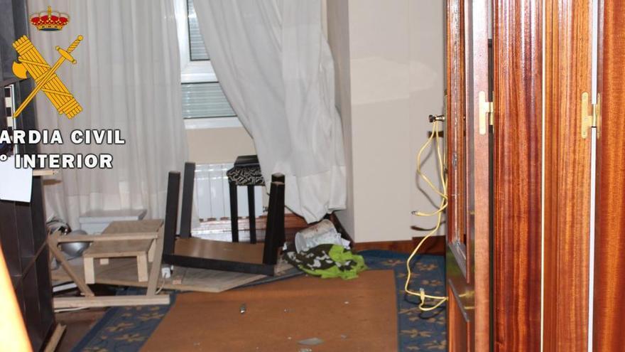 Detenido por retener de forma ilegal a una mujer en un piso de Cantabria