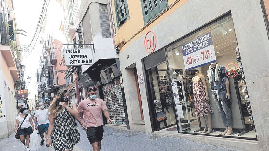 El Govern ofrecerá bonos de diez euros para gastar en el comercio