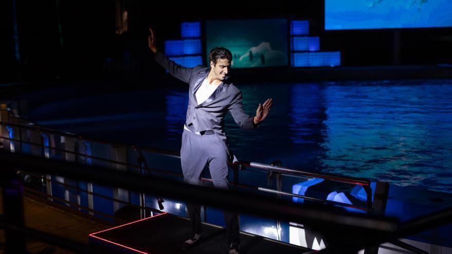 Más de mil personas en el estreno de Las Noches del Oceanogràfic más 'beatles'