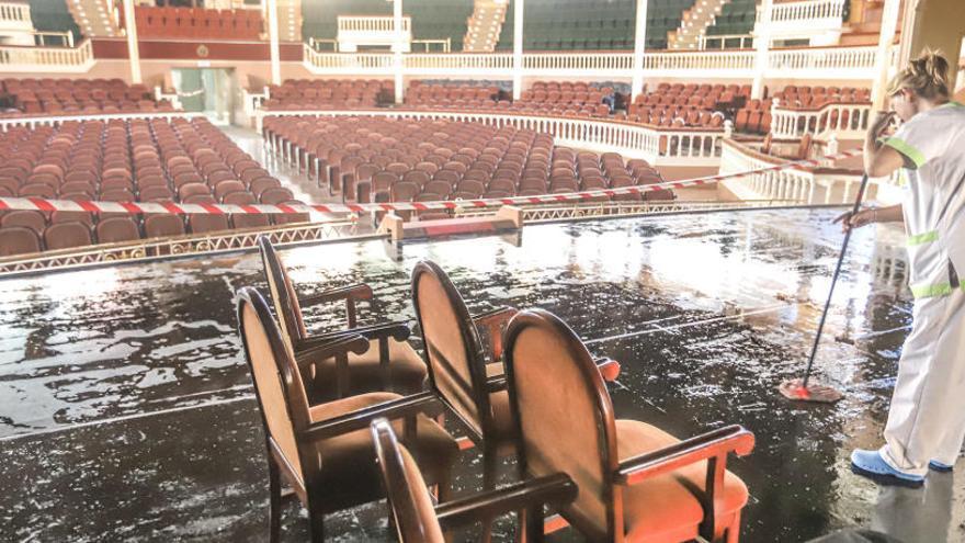 Las inundaciones inutilizan el Teatro Circo durante el próximo trimestre
