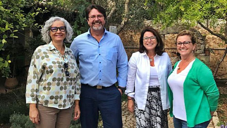 Las mujeres entran en la Acadèmia de la Cuina i del Vi de Mallorca