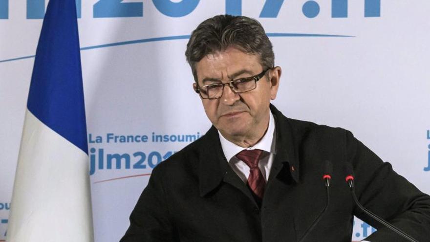 Mélenchon no pedirá el voto para ningún candidato en la segunda vuelta