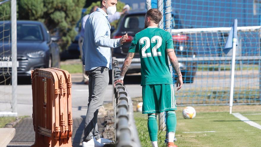 Rubén Reyes cumple un mes en el Real Oviedo: las cuatro claves de sus cuatro primeras semanas