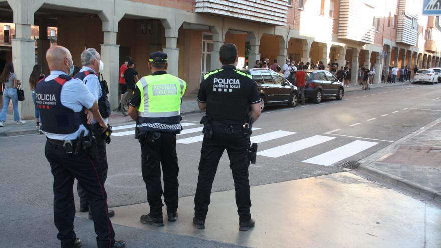 Segon dia de protesta tensa de veïns de Santpedor contra tres okupes