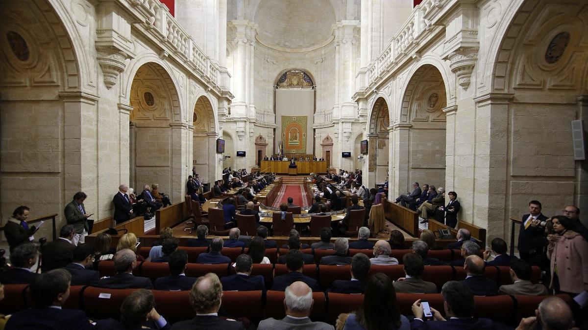 Sondeo político 28F: El PP resalta el aval ciudadano y el PSOE que es la alternativa