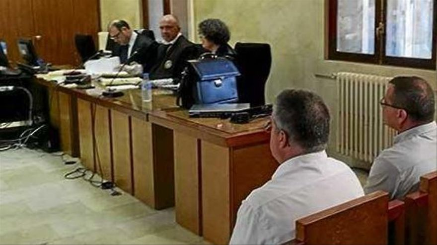 Denuncian a un policía local por mentir en el juicio sobre la homofobia