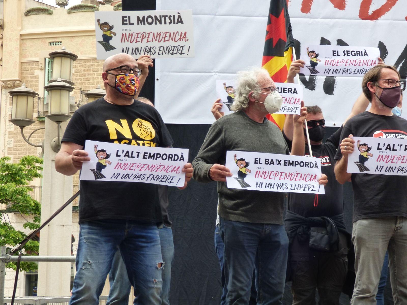 L'ANC pressiona el Govern per fer efectiva la independència i Òmnium crida a la mobilització ciutadana