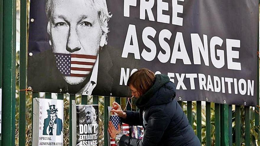 La Justícia britànica rebutja la petició de llibertat condicional d'Assange