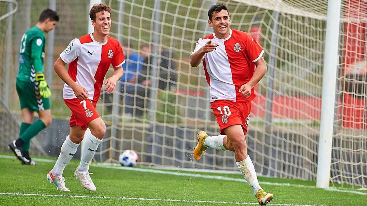 Un gol de Priego alimenta el somni amb un triomf contra el Vilafranca