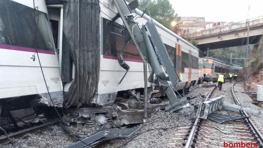 Els Mossos difonen imatges inèdites fetes amb dron de l'accident de tren de Vacarisses