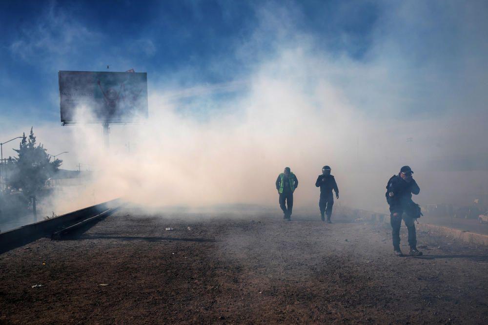 Altercados con gases en la frontera con EEUU