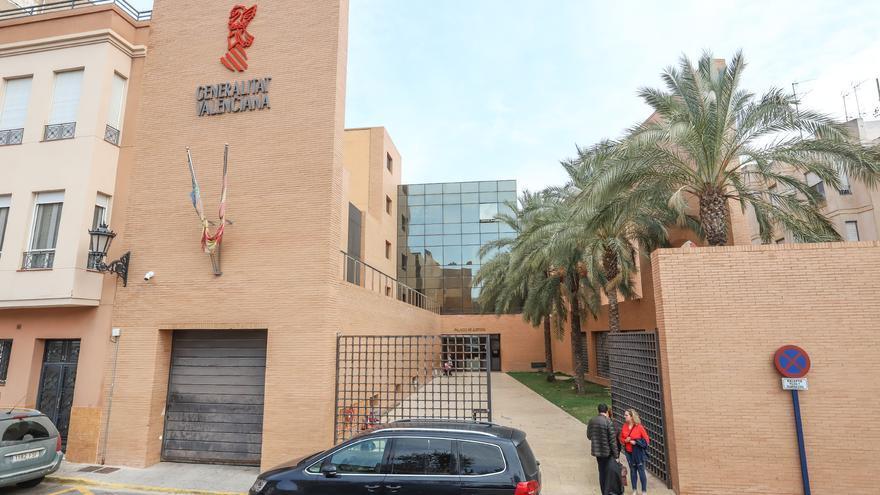 """Un juzgado condena a un banco a reintegrar 8.820 euros a una cliente por intereses """"abusivos"""" de un tarjeta """"revolving"""""""