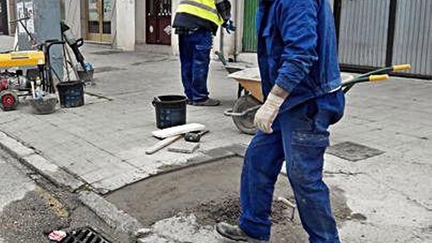 Renovación de aceras en la capital.