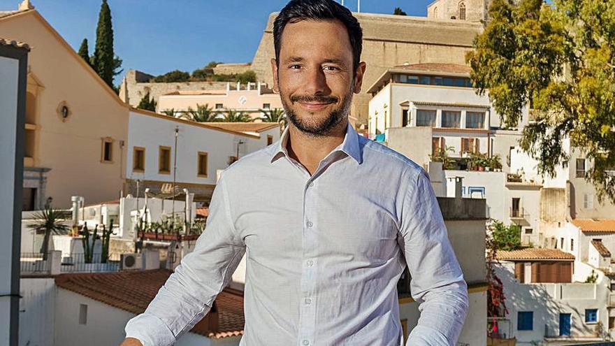 Rafa Ruiz, alcalde de Ibiza: «Este es el momento más difícil que hemos vivido en democracia»