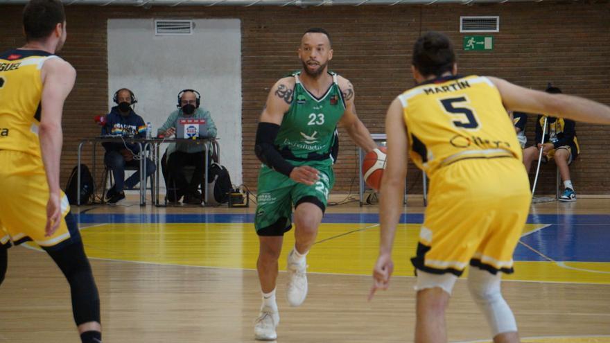 Ourense gana a Lleida, lo que conviene a Cáceres