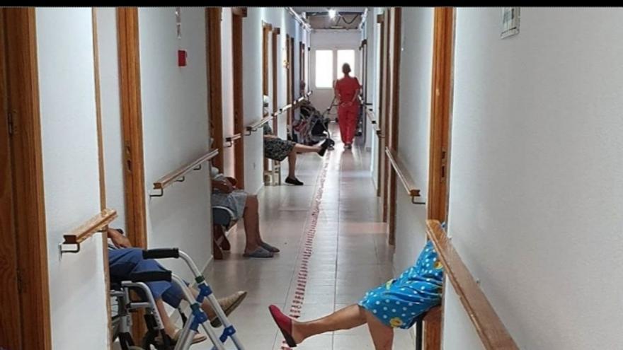 Un juzgado rechaza tramitar por la vía penal el aislamiento de los mayores en un geriátrico de Sant Joan