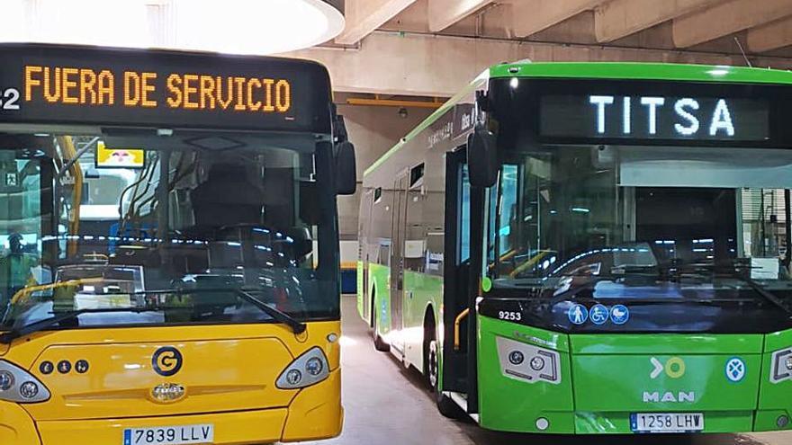 Titsa prueba desde hoy las prestaciones de una guagua de Las Palmas en la capital