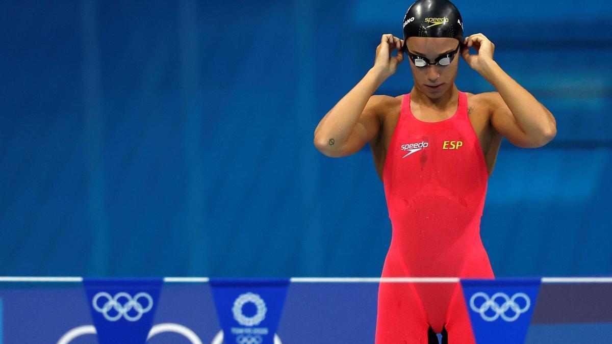 África Zamorano, antes de su semifinal de 200 espalda.