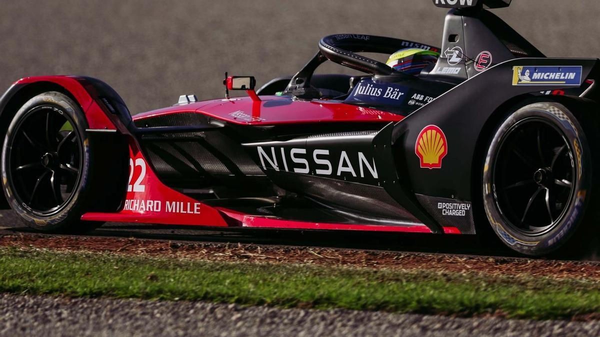 Fórmula E: el sueño de Agag aterriza con éxito en Valencia