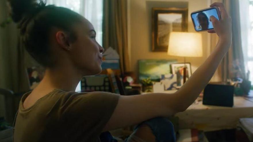 Sofia Carson protagoniza 'Songbird', la primera película sobre la pandemia