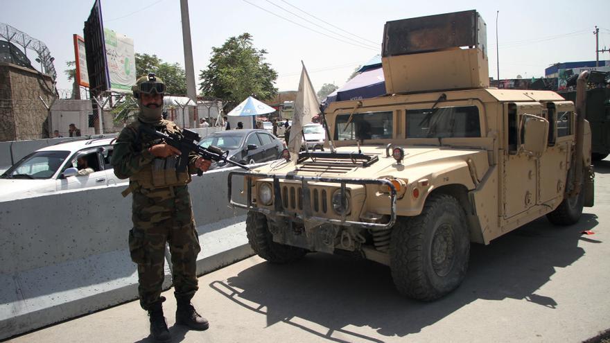 Al menos dos muertos y unos 20 heridos en dos explosiones en Afganistán