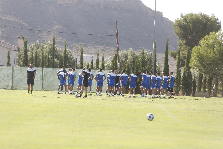 El Hércules vuelve a entrenar en Fontcalent cuatro años después