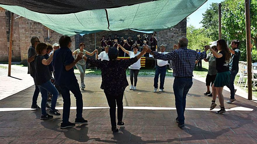 Les sardanes van tornant a  les festes populars i diumenge es recuperaran a Sallent