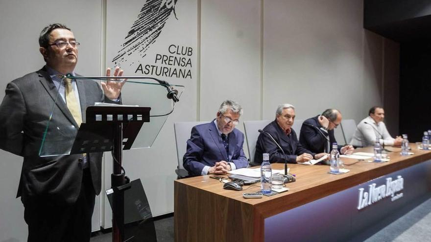 La Fundación Automáticos Tineo dedica 8.000 euros a sus becas para estudiantes