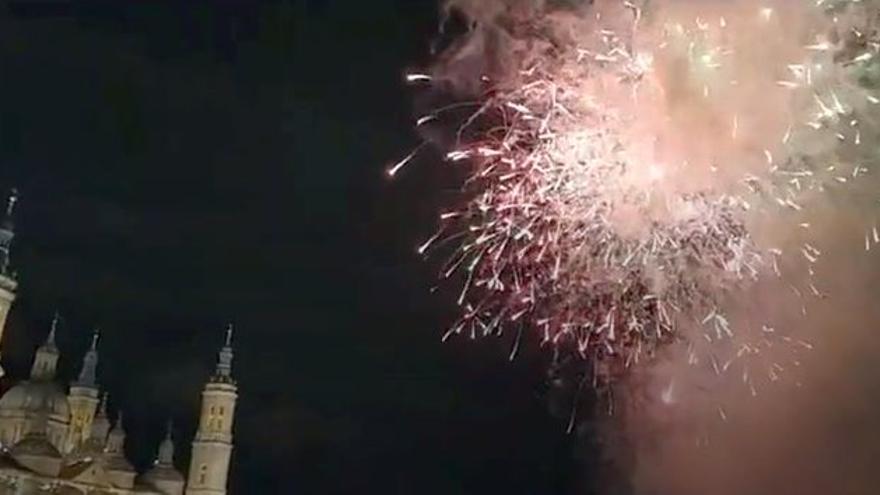 Fin de fiestas del Pilar con los fuegos