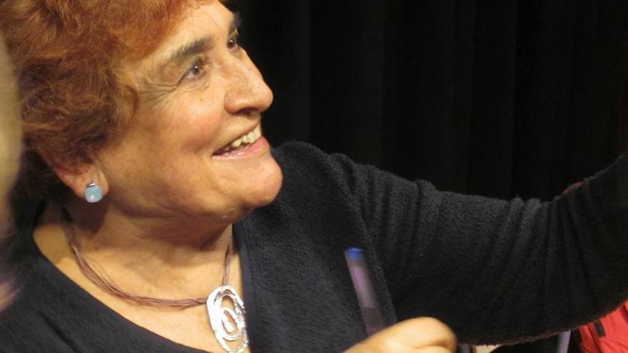 La Xara dedica la calle del nuevo colegio a la profesora e investigadora Roser Cabrera