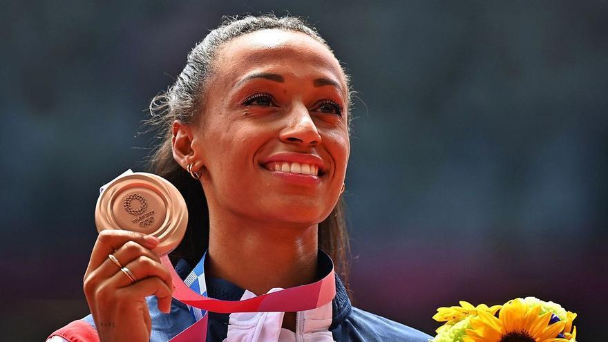 Ana Peleteiro, medallista olímpica y chica Almodóvar