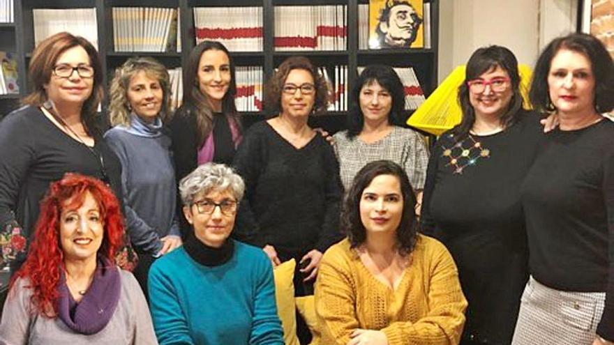 """Presentación del libro """"Nietas de la Memoria"""" en el Teatro Ramos Carrión"""