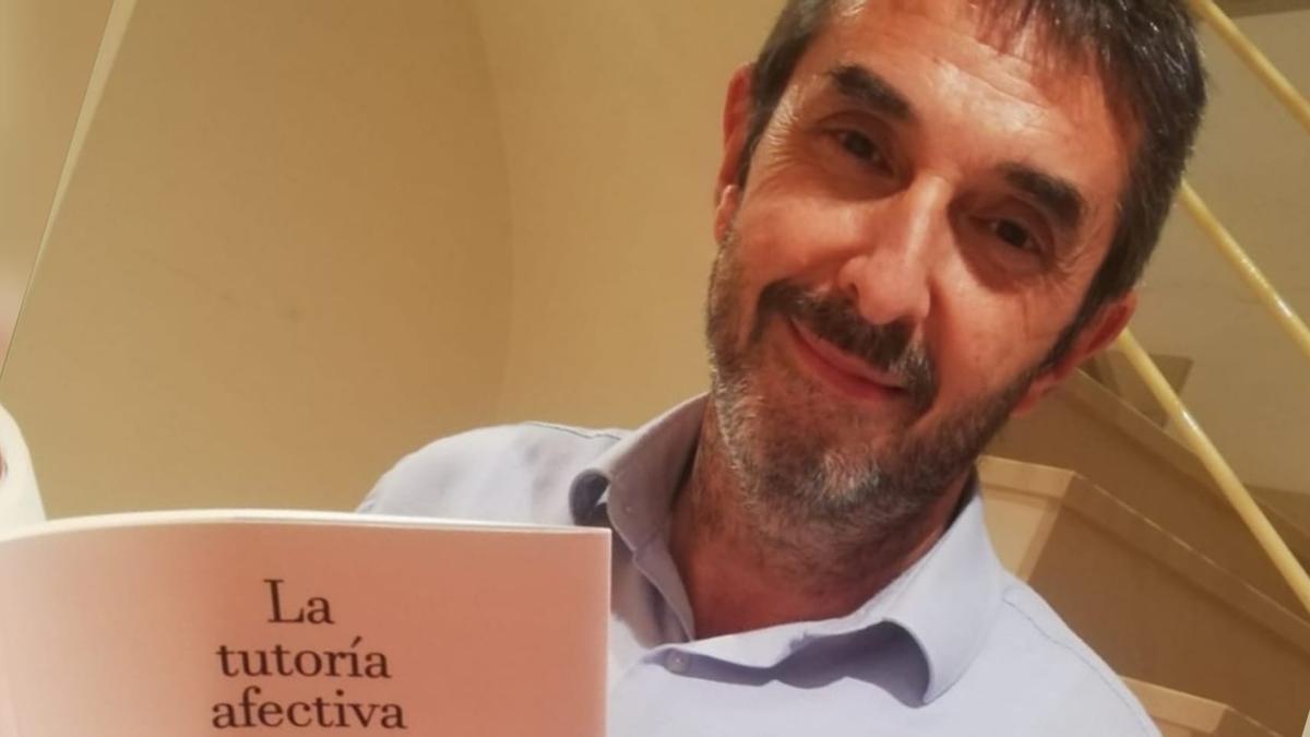 Juan Carlos Castelló acaba de publicar su último libro, 'La tutoría afectiva'