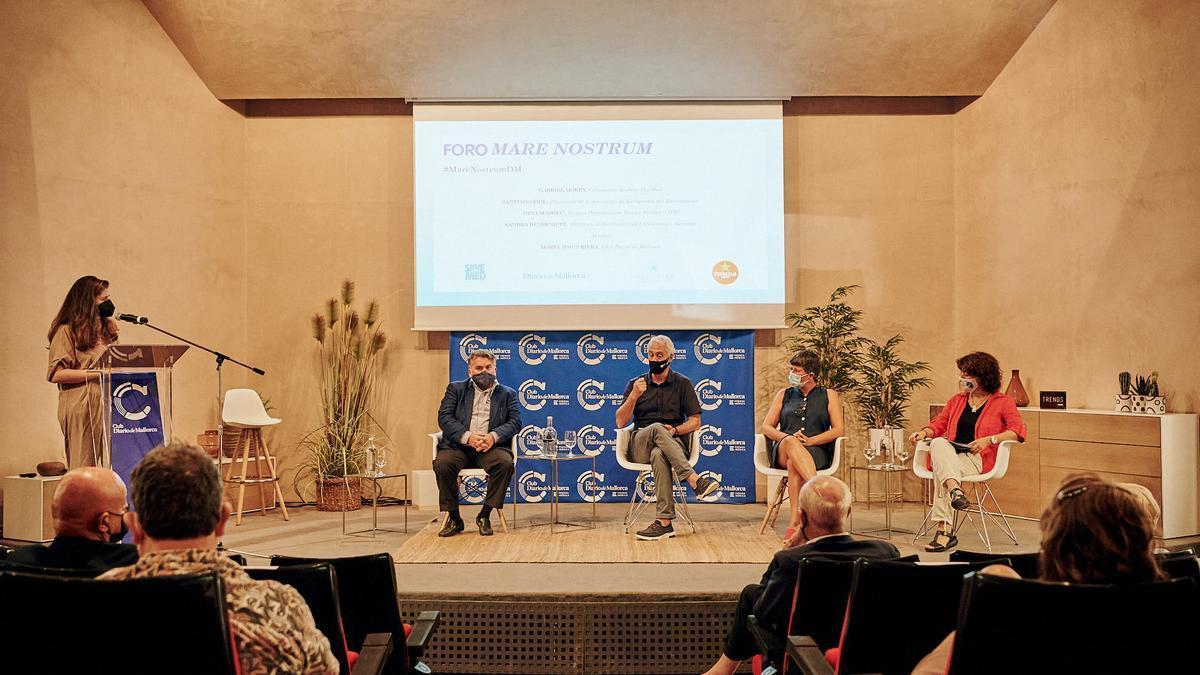 Los participantes, durante el debate celebrado en el Club Diario de Mallorca.
