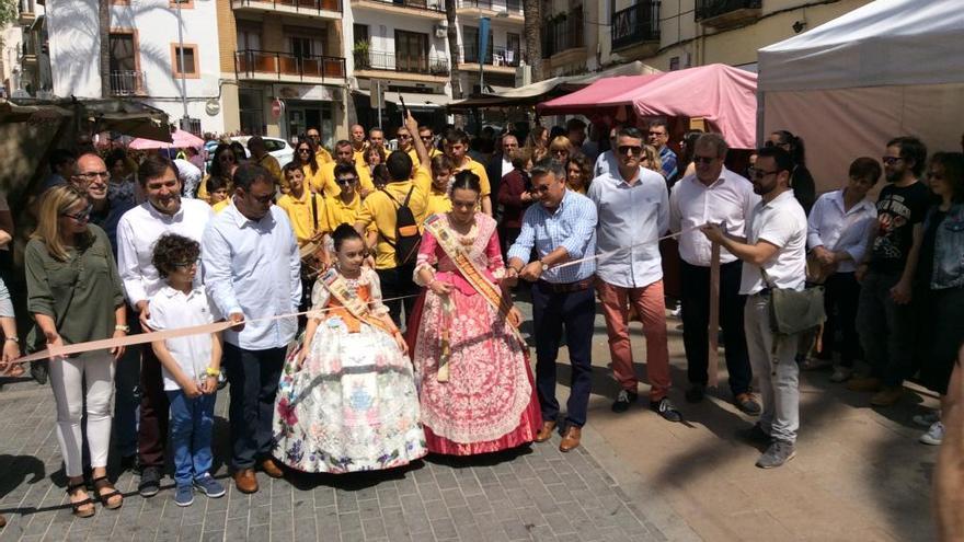 "Espectacular ""Fira d'Artesania"" en el centro histórico de Xàbia"
